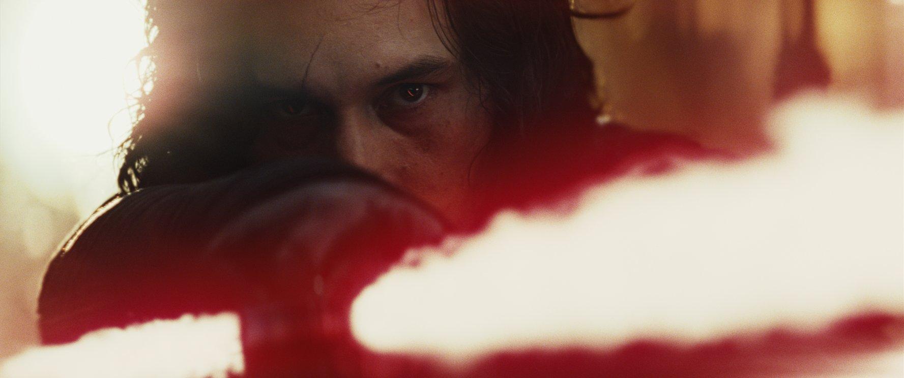 Star Wars: The Last Jedi blu-ray en dvd-winactie Kylo