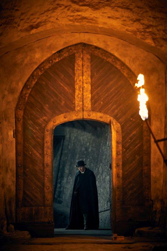 Dracula op Netflix - Het kasteel