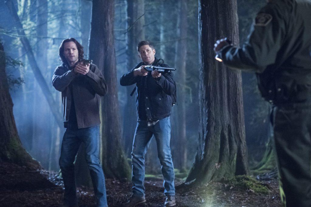 Supernatural seizoen 14 - Jensen Ackles en Jared Padalecki in het bos