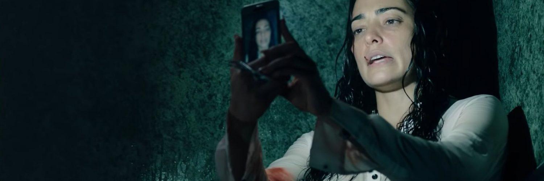 Into the Dark Down - Natalie Martinez als Jennifer Robbins