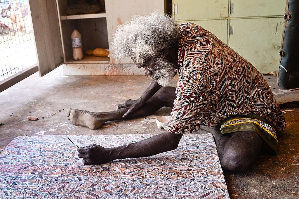 Interview met Peter DeWillis: Aboriginals - Arnhem Land artist Glen Namundja (Foto: Mark Roy)