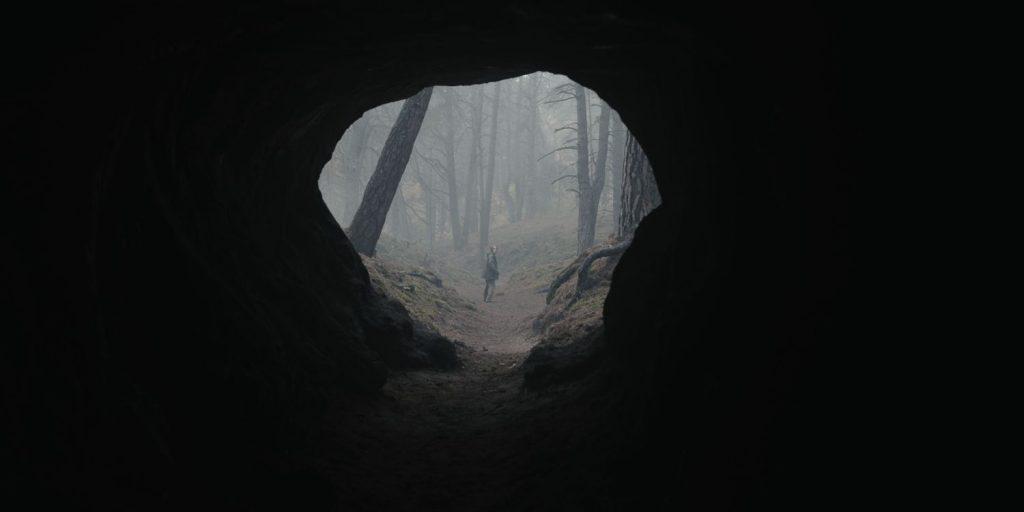 Dark Seizoen 3 recensie - de grot