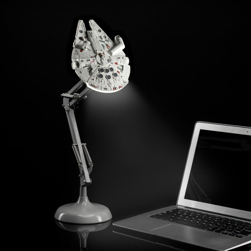 Modern Myths Merchandise – Vaderdag Star Wars Millennium Falcon bureaulamp - Zavvi