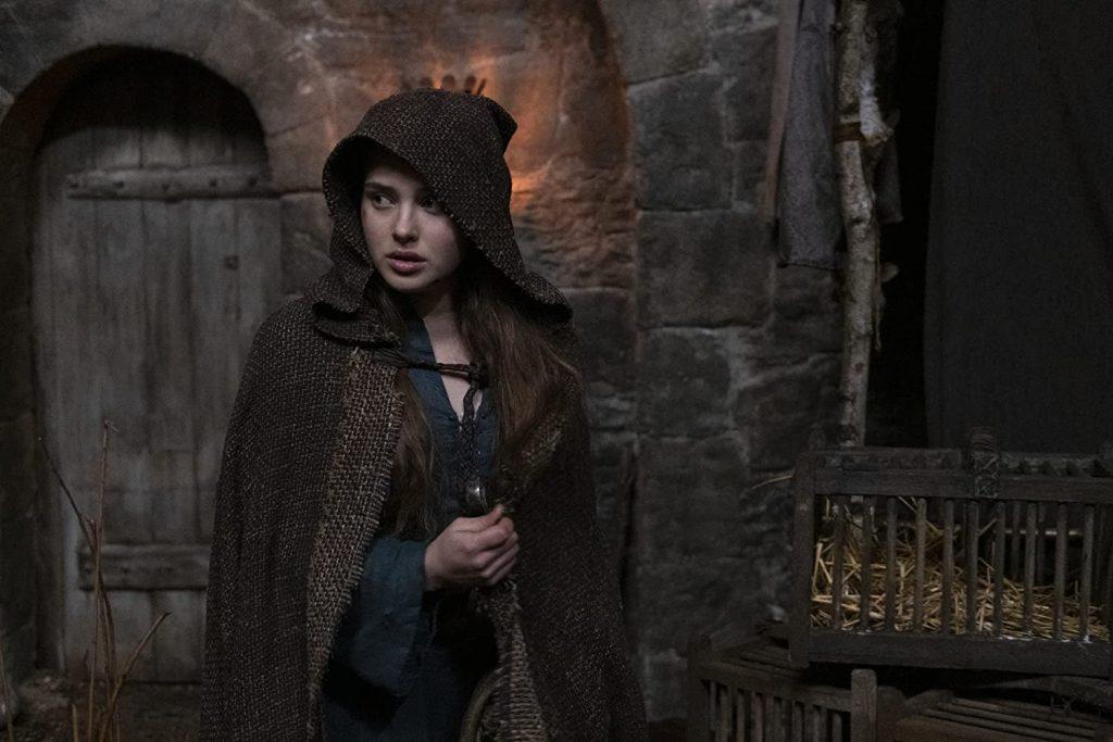 Katherine Langford als Nimue