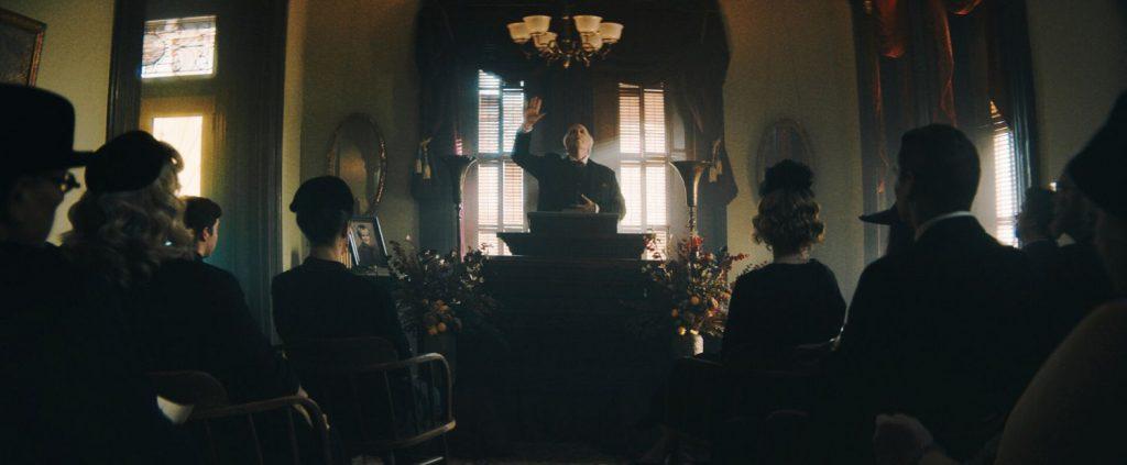 Begrafenisondernemer Montgomery Dark