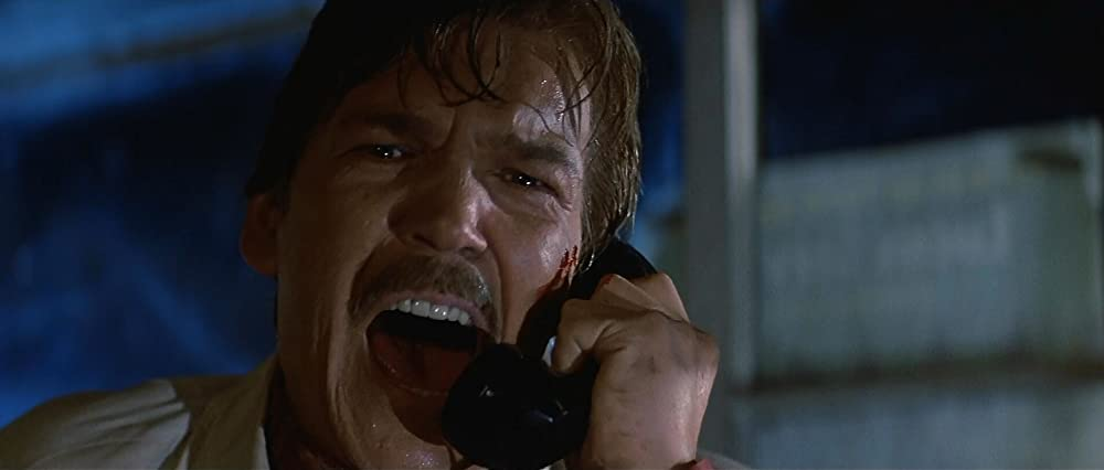 Tom Atkins in Halloween III - Season of the Witch