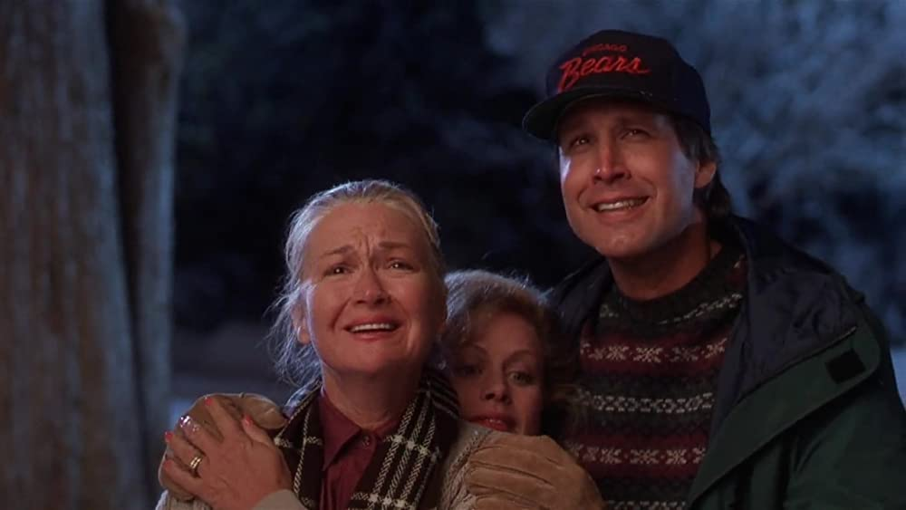 Chevy Chase in National Lampoon's Christmas Vacation - Warner Bros