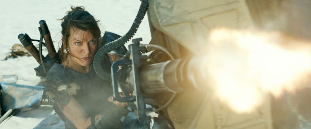 Milla Jovovich als Artemis