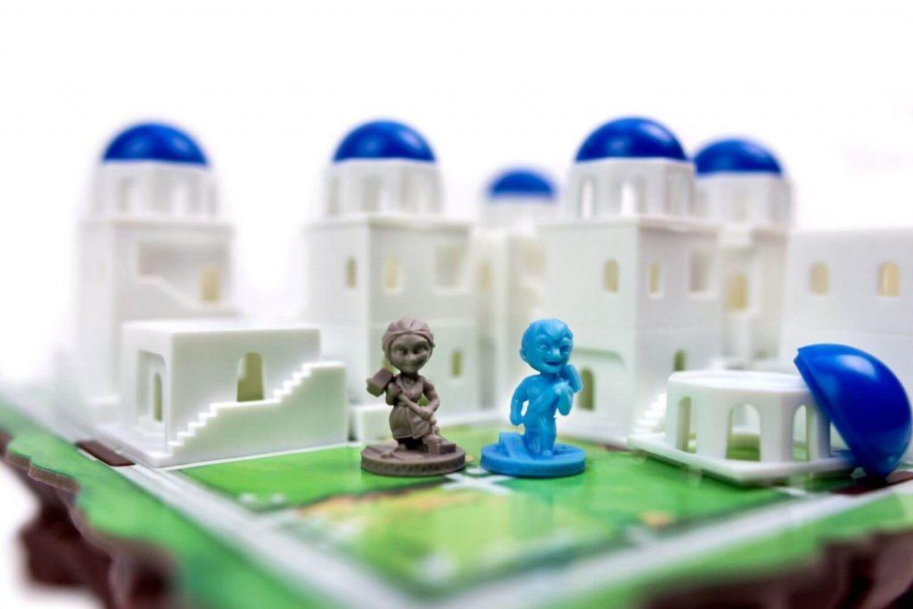Twee arbeiders om torens te bouwen