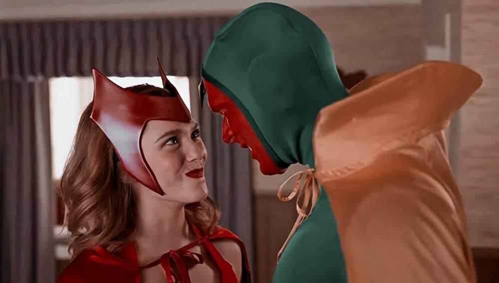 WandaVision recensie - Wanda en Vision in originele kostuums
