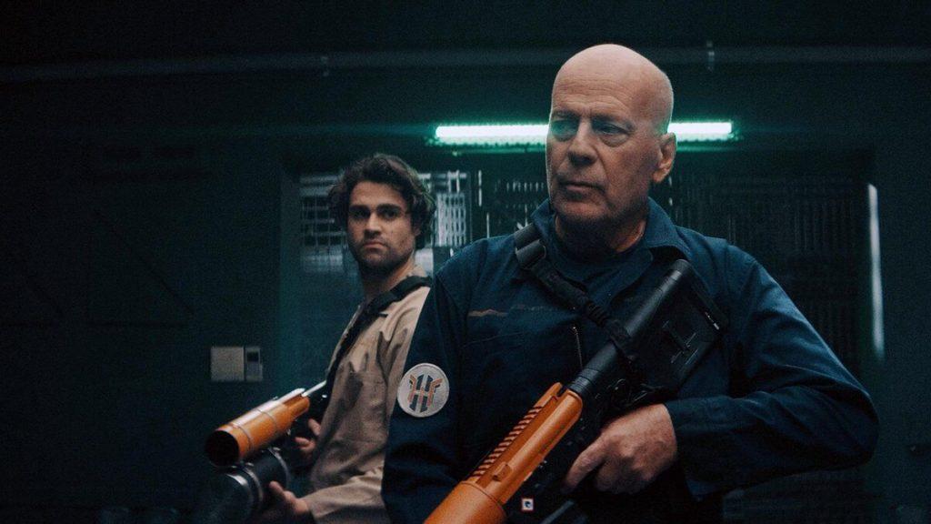 Bruce Willis als Clay
