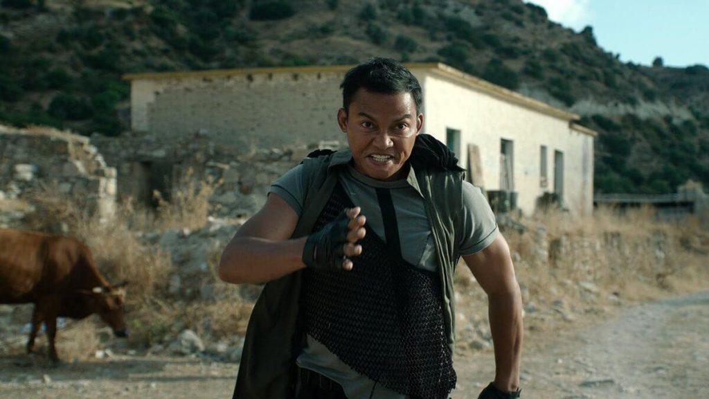 Tony Jaa als Kueng