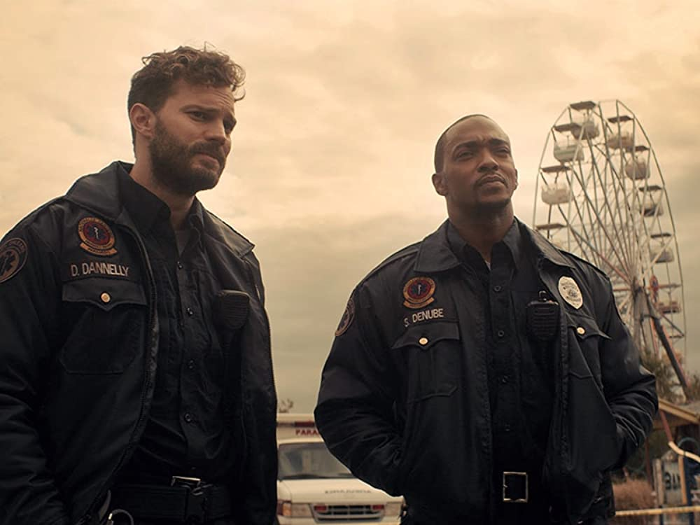 Anthony Mackie and Jamie Dornan in Synchronic
