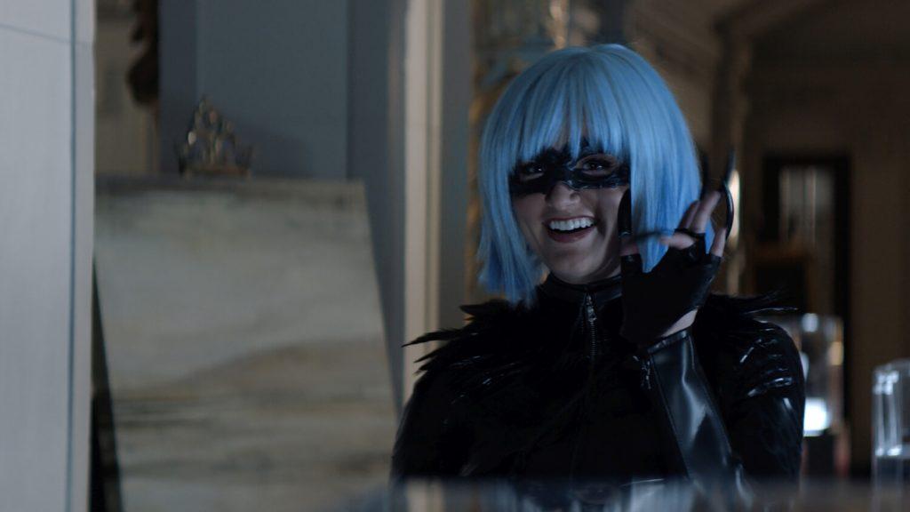 Rachel Matthews als Magpie