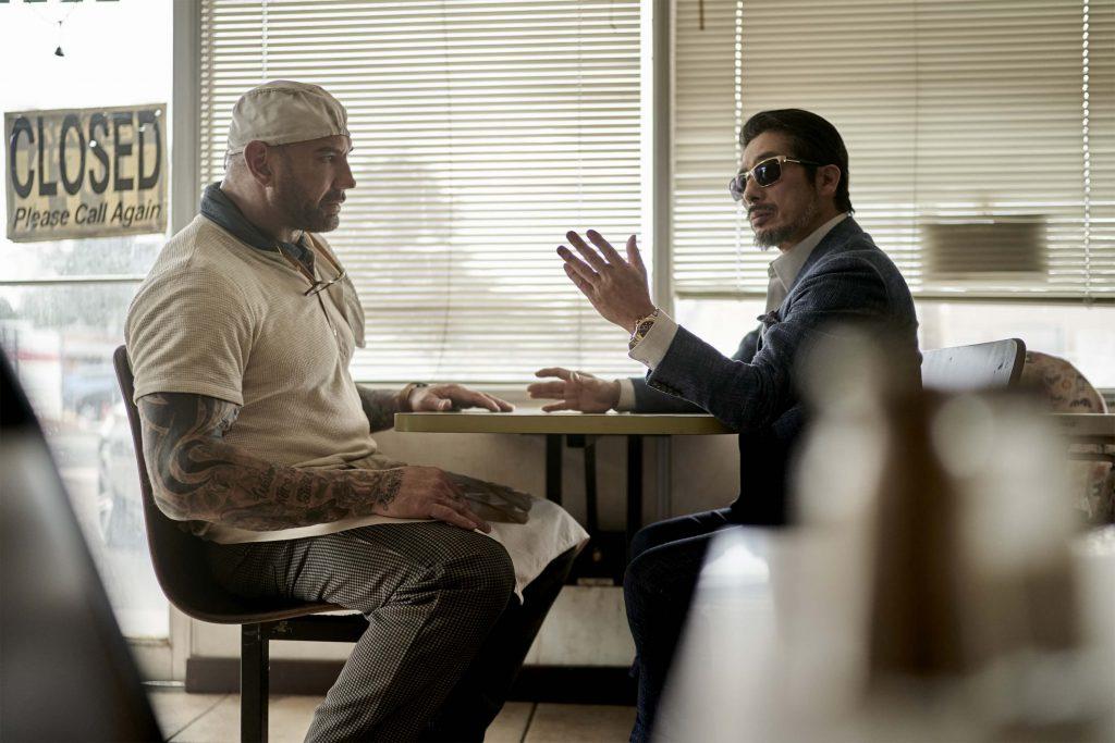 Dave Bautista als Scott Ward en Hiroyuki Sanada als Tanaka