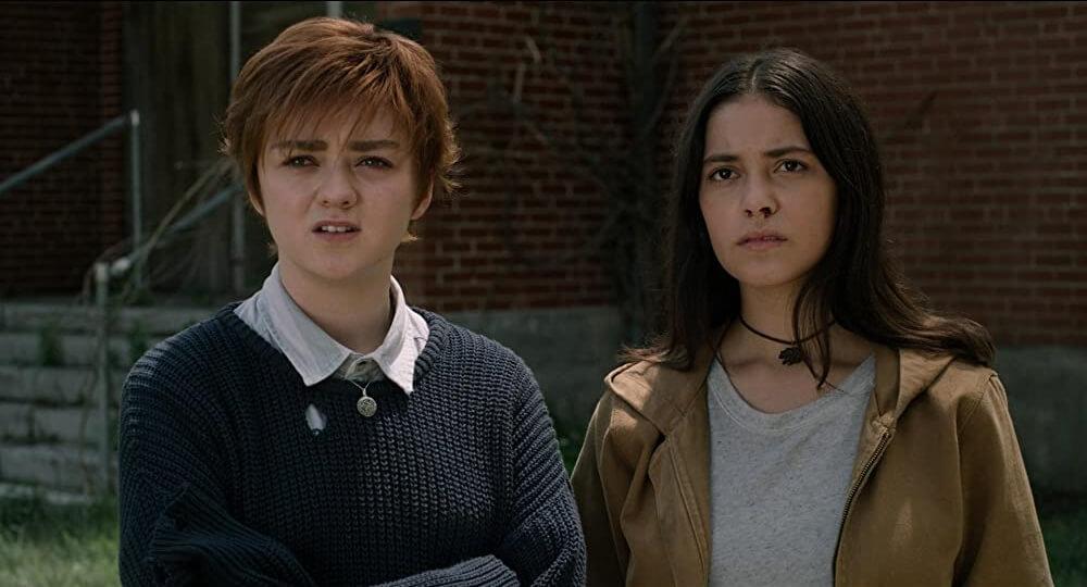 Maisie Williams als Rahne Sinclair en Blu Hunt als Dani Moonstar