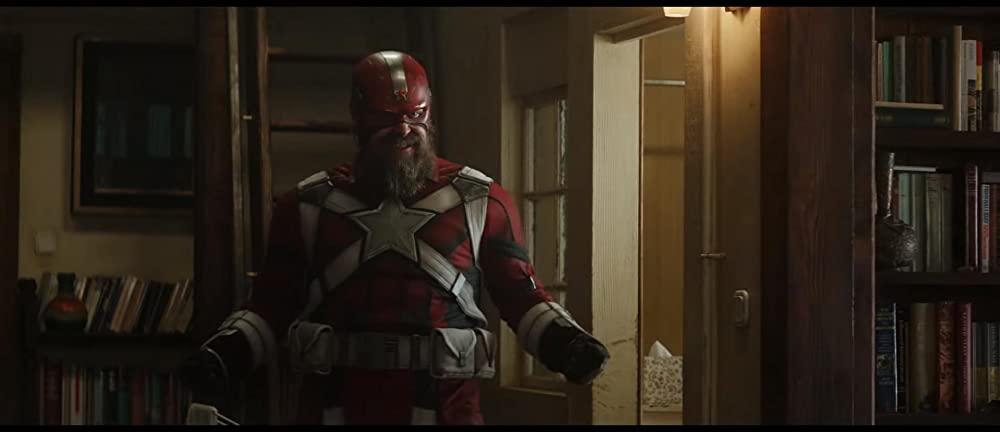 David Harbour als Red Guardian